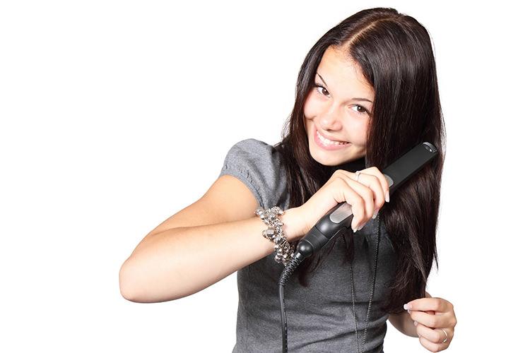 Plăci de îndreptat părul